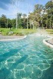 Agua mineral de las aguas termales imagen de archivo libre de regalías