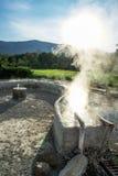 Agua mineral de las aguas termales Imagenes de archivo