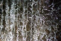 Agua parada de la cascada imagen de archivo libre de regalías