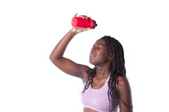Agua potable de la mujer del atleta fotos de archivo libres de regalías