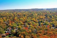 Agua residencial aéreo Claire Wisconsin del otoño Fotos de archivo