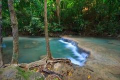 Agua suave en la cascada Foto de archivo