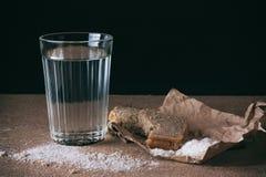 Agua y pan, sal Imagen de archivo libre de regalías