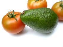 Aguacate con los tomates Foto de archivo