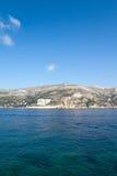 Aguas azules de Croatia Foto de archivo