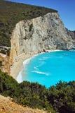 Aguas azules de la playa de Oporto Katsiki, Lefkada Foto de archivo libre de regalías