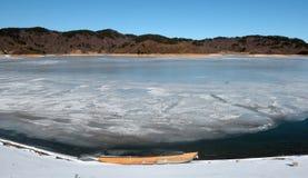 Aguas congeladas del lago Fotografía de archivo