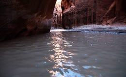 Aguas de río de Paria fotos de archivo