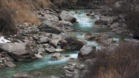 Aguas glaciales claras metrajes