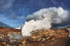 Aguas termales de Gunnuhver en Grindavik, Islandia Fotos de archivo libres de regalías