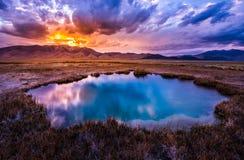 Aguas termales Nevada Ruby Valley después de la puesta del sol Imágenes de archivo libres de regalías