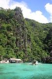 Aguas tropicales de la isla Fotografía de archivo libre de regalías