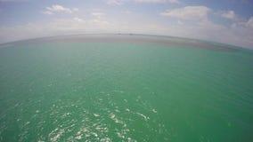 Aguas tropicales video aéreas de Miami metrajes