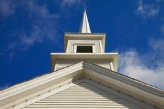 Aguja de la iglesia horizontal Foto de archivo libre de regalías