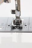 Aguja de la máquina de coser Imagenes de archivo