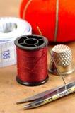 Aguja y cuerda de rosca 2 fotografía de archivo