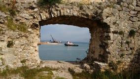Agujero en una pared del castillo Fotografía de archivo