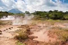 Agujeros de ebullición del fango - San Jacinto Imágenes de archivo libres de regalías