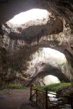 Agujeros gigantes de la cueva Imagen de archivo libre de regalías