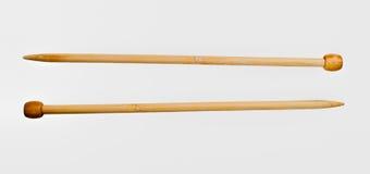 Agulhas de confecção de malhas de madeira Imagens de Stock Royalty Free