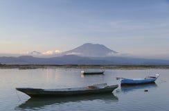 agung gunung Nusa wulkanu lembongan Obrazy Royalty Free