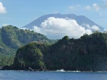 Agung wulkan jak widzieć od morza bali Fotografia Stock
