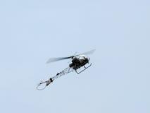 Agusta Dzwonkowy Sioux Mk1 AH - XT131 Lata nad Dunsfold A (G-CICN) Zdjęcia Stock