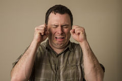 Ah el hombre está llorando Fotos de archivo