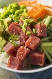 Ahi orgânico cru Tuna Poke Bowl Fotos de Stock Royalty Free