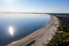 Ahlbeck, Usedom, natureza, fundo, verão, oceano, parte superior, zangão, água, pessoa, azul, bonito, feriado, antena, vista, p imagem de stock