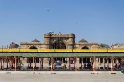 Ahmedabad India, Grudzień, - 28, 2014: Turystyczna wizyta Jama Masjid Obrazy Royalty Free