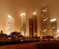 Ahora la ciudad en la noche Foto de archivo libre de regalías