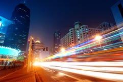 Ahora la ciudad en la noche Fotos de archivo
