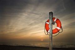 Ahorrador de vida en la playa Foto de archivo