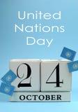 Ahorre el calendario de bloque blanco de la fecha para el 24 de octubre, día de Naciones Unidas - vertical. Imagen de archivo libre de regalías