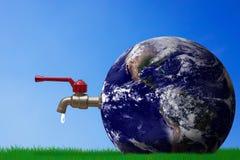 Ahorre el concepto del agua, día del agua del mundo Fotos de archivo libres de regalías