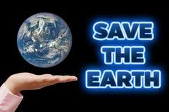 Ahorre nuestra tierra del planeta Concepto de la ecología (día o Día de la Tierra del ambiente mundial) Fotografía de archivo libre de regalías