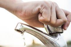 Ahorro del agua Imágenes de archivo libres de regalías