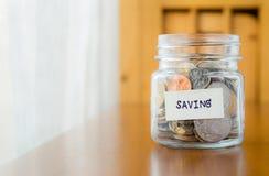 Ahorro del dinero y planificación financiera Imágenes de archivo libres de regalías