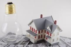 Ahorros de la energía caseros foto de archivo libre de regalías