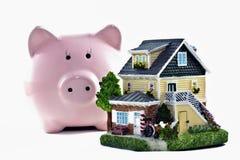 Ahorros de las propiedades inmobiliarias Foto de archivo libre de regalías