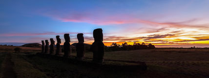 Ahu Akivi στο ηλιοβασίλεμα στοκ φωτογραφίες με δικαίωμα ελεύθερης χρήσης