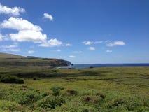 Ahu Tongariki widzieć od Rana Raraku Moai fabryki Zdjęcie Stock