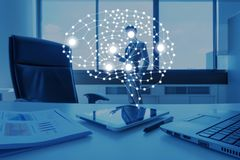 AI conceptueel in bedrijfstechnologie, kunstmatige intelligentie bedriegt royalty-vrije stock afbeelding