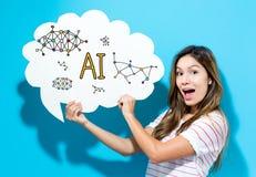 Ai-Text mit der jungen Frau, die eine Spracheblase hält Stockfoto