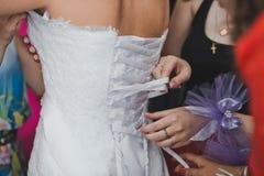 Aide dans l'habillement 1847 de robe Photographie stock libre de droits