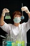 Aide de laboratoire Images stock