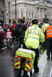 Aiders машины скорой помощи St Джон Стоковое Изображение