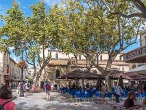 Aigues-Mortes kaféfyrkant arkivfoto