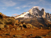 aiguille阿尔卑斯blanc dru mont verte 免版税库存照片
